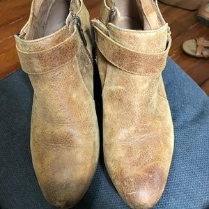 Clark Brown ankle Boots